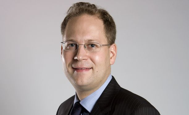 Verohallinnon johtava veroasiantuntija Taneli Lallukka haluaa verottaa Suomessa vierailevia KHL-pelaajia.