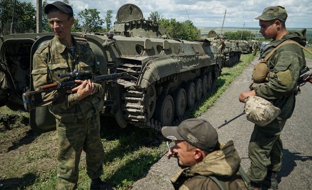 Venäjän tukemien separatistien puolelta on kohdistettu satakunta iskua Ukrainan armeijan tukikohtiin.