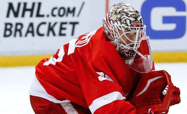 Jimmy Howardin Red Wings on tuttuun tapaan matkalla pudotuspeleihin.