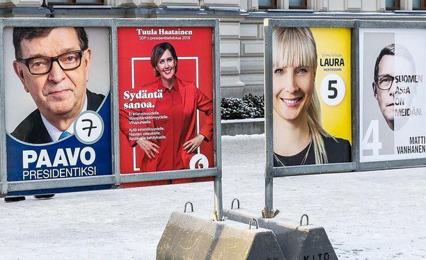 Laura Huhtasaaren vaalimainos tuhottiin some-videossa. Arkistokuva Tampereelta.