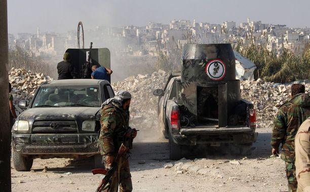 Syyrian armeija on saamassa Aleppon hallintaansa.