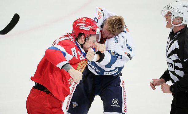 Veli-Matti Savinainen ja Andrei Zubarev ottivat toisistaan mittaa päätöserässä.