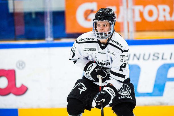 Mikael Pyyhtiä nousi tiistaina TPS:n sankariksi.