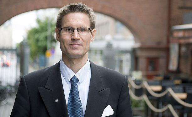 Kansanedustaja Sami Savio (ps).
