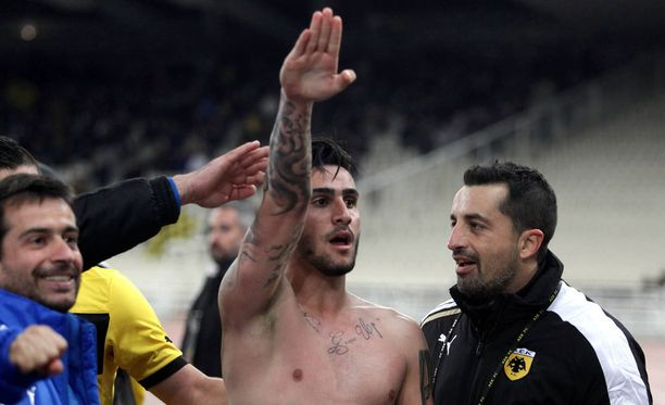 Giorgios Katidis aiheutti valtavan kohun tuuletuksellaan maaliskuussa 2013.