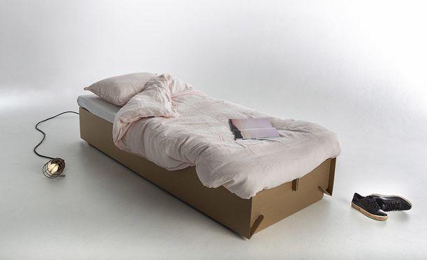 Jussi Alasen suunnittelema yhden hengen sänky.