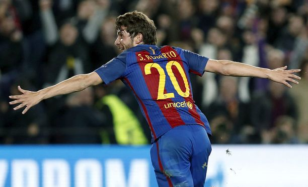 Sergi Roberto nosti 6-1-maalillaan Barcelonan puolivälieriin.