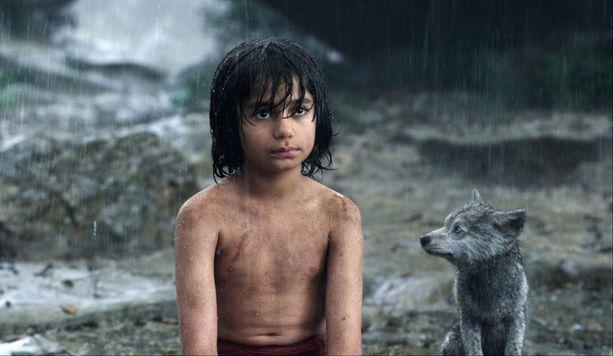 Nämäkin sadepisarat Viidakkokirja-elokuvassa ovat Tommi Saaristorannan hyppysistä.
