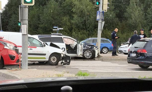 Näkymä onnettomuuspaikalta.