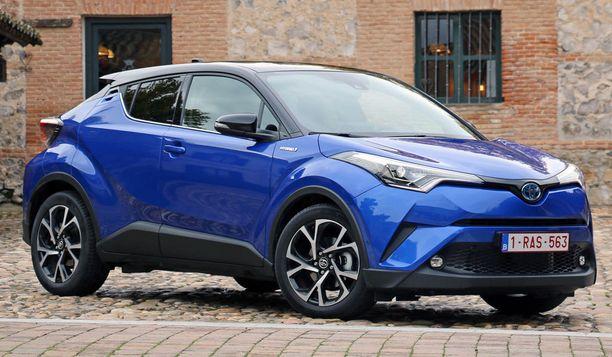 Takaisinkutsu koskee Toyota C-HR:n hybridiversioita.