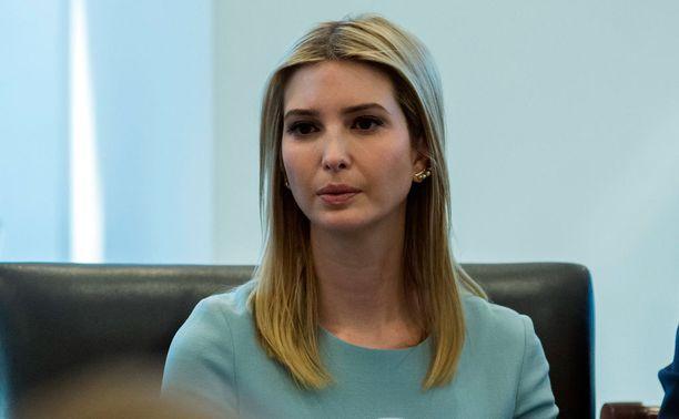 Ivankasta tulee ensimmäinen tytär. Hän tuuraa myös Melania Trumpia ykkösnaisen tehtävissä.