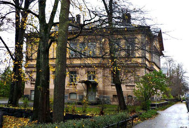 Huvila valmistui kesällä 1881.