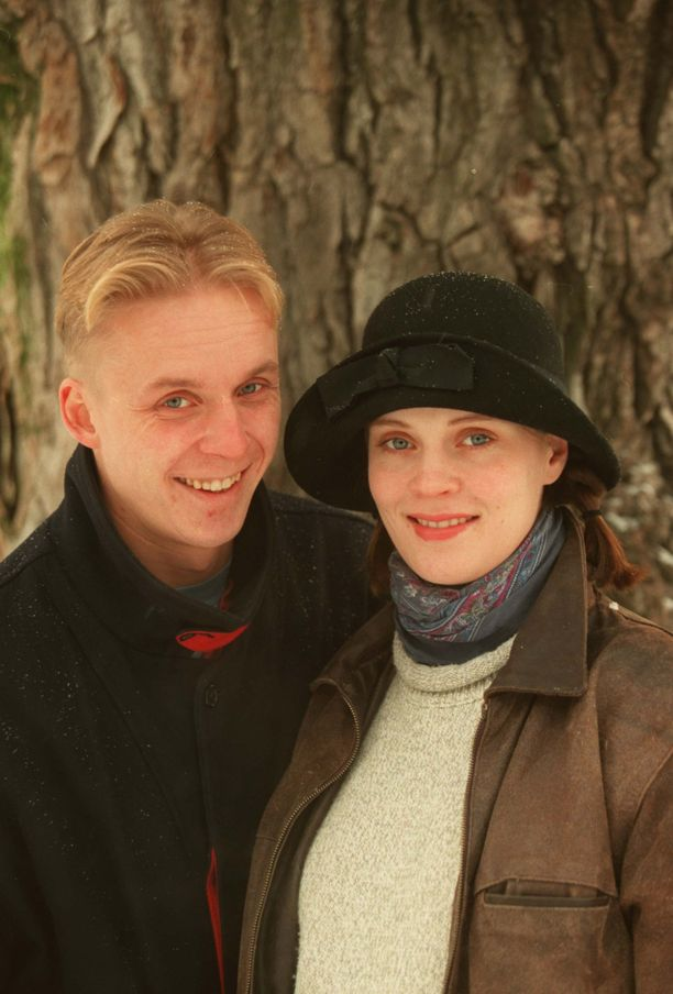 Näyttelijät Tiina Lymi ja Eero Aho olivat naimisissa 12 vuotta, aina vuoteen 2006 saakka. Kaksikko oli tuttu näky erilaisissa kulttuurialan tapahtumissa. Ex-parilla on kaksi yhteistä lasta.