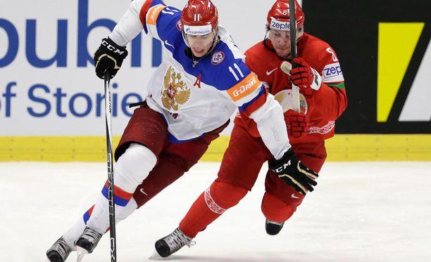 Jevgeni Malkin (vas.) nakutti Valko-Venäjää vastaan tehot 1+1.
