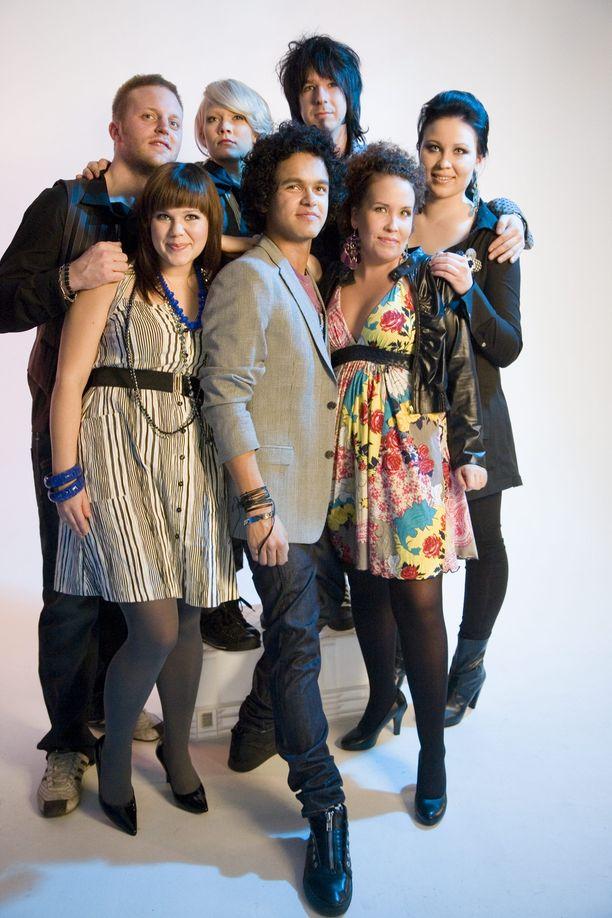 Vuoden 2008 Idols-finalistit olivat Anna Puustjärvi (Anna Puu), Anna-Kaisa Riitijoki, Kalle Löfström, Pete Parkkonen, Jaana Leiniäinen, Koop Arponen sekä Saana Liikanen.