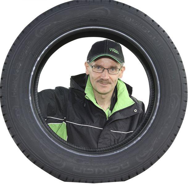 VENÄJÄ JA SUOMI Suomessa ja Venäjällä valmistettavat renkaat ovat identtisiä, vakuuttaa Teppo Huovila.