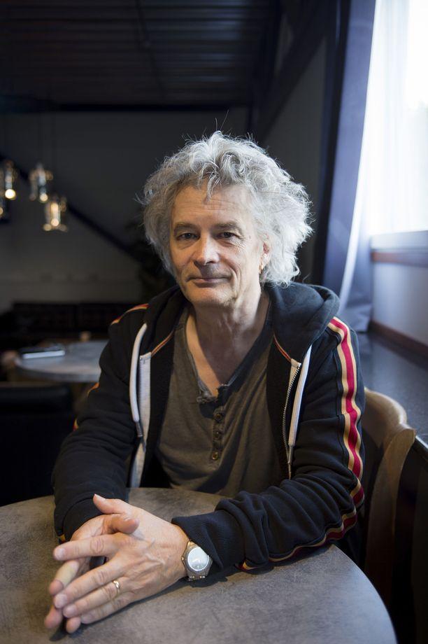 60 vuotta täyttänyt Juha Torvinen ei stressaa tulevasta turhaan.