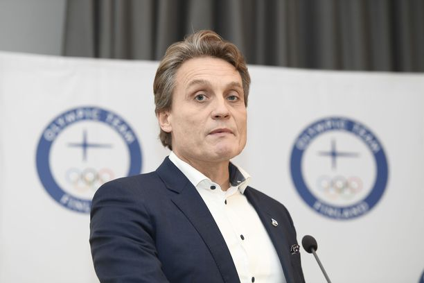 Mika Kojonkoski on FIS:n mäkikomitean puheenjohtaja.