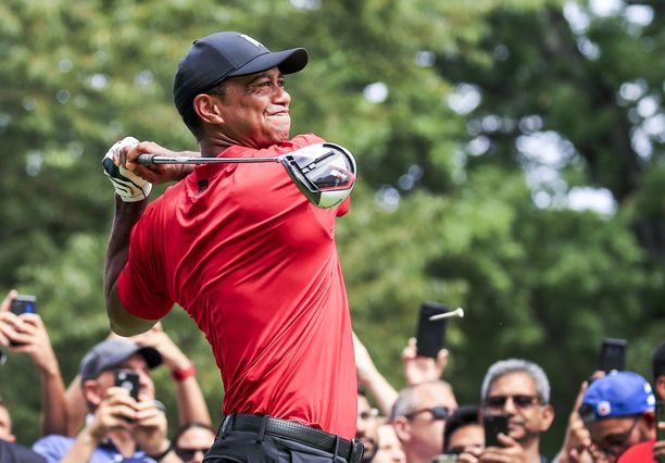 Tiger Woods kävi jälleen operoitavana.