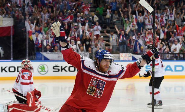 Jakub Voracek toimi Tshekin kapteenina kevään MM-kotikisoissa.