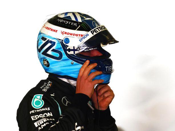 Valtteri Bottas lähtee Portugalin osakilpailuun paalulta.