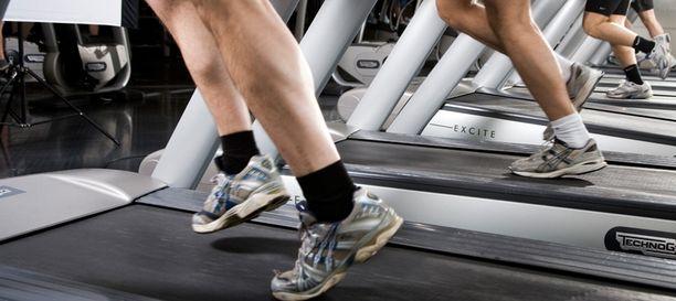 Liikuntaa pitäisi harrastaa vähintään 2,5 tuntia viikossa, suosittaa UKK-instituutti.