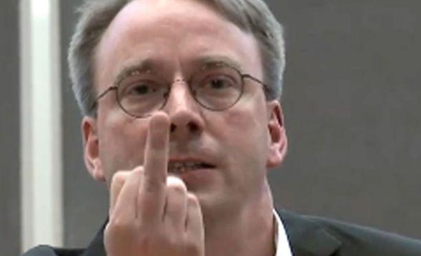 Linus Torvalds lähetti terveisensä yhdysvaltalaisyhtiölle.
