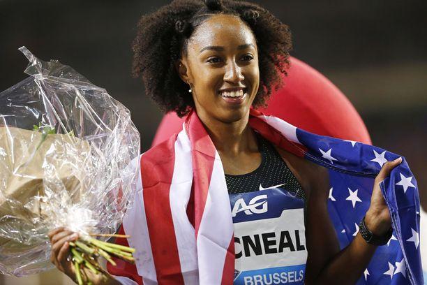 Brianna McNeal on olympiavoittaja ja maailmanmestari.