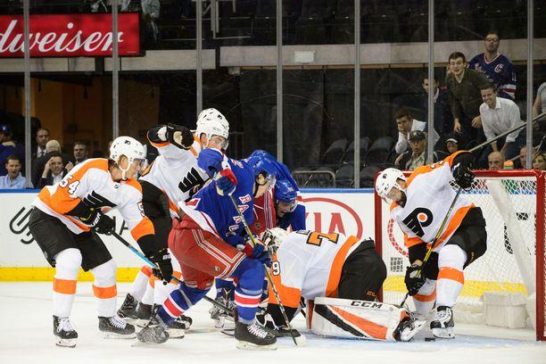 Philadelphia Flyers ja New York kohtasivat toista kertaa harjoituskaudella. Kuva 19. syyskuuta pelatusta ottelusta.
