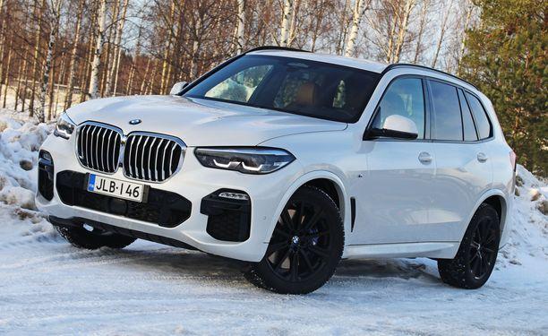 Ison BMW:n ilmeessä on jotakin härnäävän häijyä.