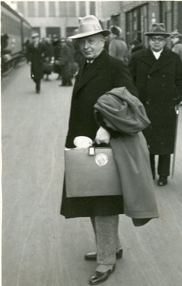 Eliel Saarinen (1873-1950) muutti vuonna 1923 Yhdysvaltoihin ja jatkoi uraansa siellä.