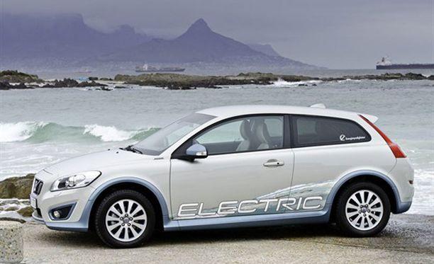 Volvo C30 -sähköautolla pärjää pakkasessa, koska autossa on etanolikäyttöinen lisälämmitin.