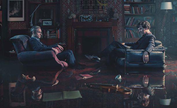 Uuden Sherlockin pääosissa jatkavat yhä Martin Freeman ja Benedict Cumberbatch.