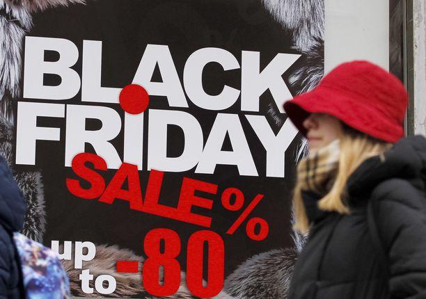 Black Friday on lähtöisin Yhdysvalloista, ja siellä ihmisiä on jopa kuollut alennusmyyntien ryysiksissä.