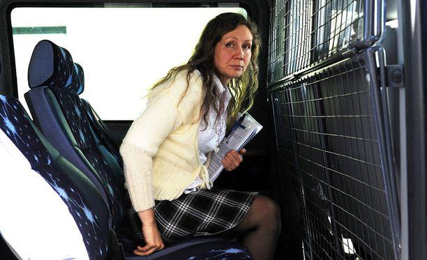 Poliisi epäilee Anneli Aueria ja tämän entistä miesystävää lapsiin kohdistuneista seksuaalirikoksista.
