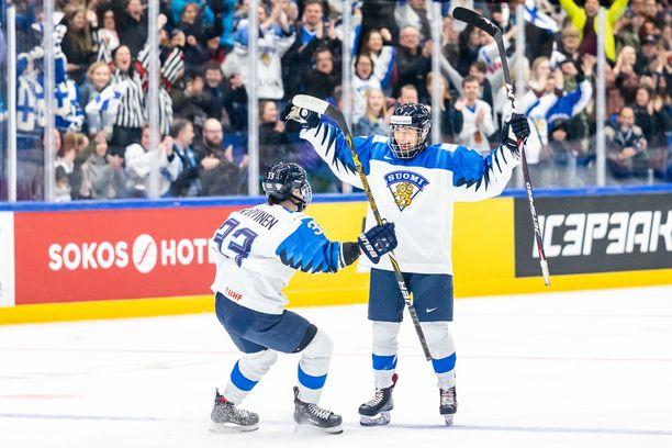 Sinne upposi! Suomi löi Kanadan historiallisesti MM-välierässä.