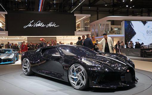 Tässä on maailman kallein uusi auto: Hinnalla saisi vaikka 40 uutta Rolls Royce Phantomia!