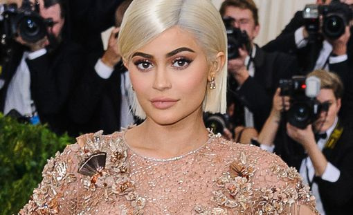 Kylie Jenner tunnetaan tosi-tv-tähtenä.