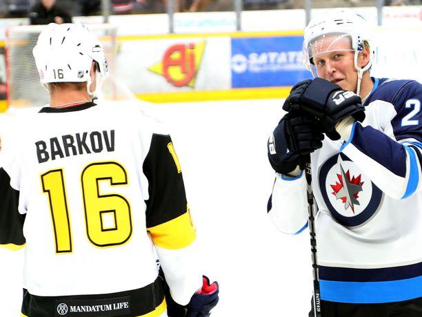 Aleksander Barkov ja Patrik Laine pelasivat elokuussa Raumalla järjestetyssä hyväntekeväisyysottelussa.