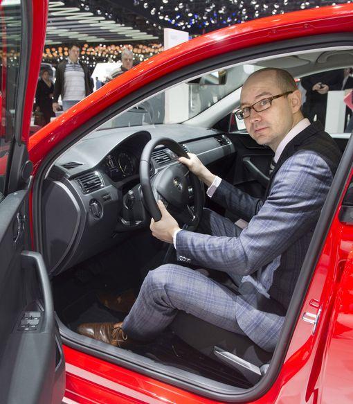 Kunnianhimoinen mutta realistinen, määrittelee Autotuojien toimitusjohtaja Tero Kallio EU-komission linjausta.