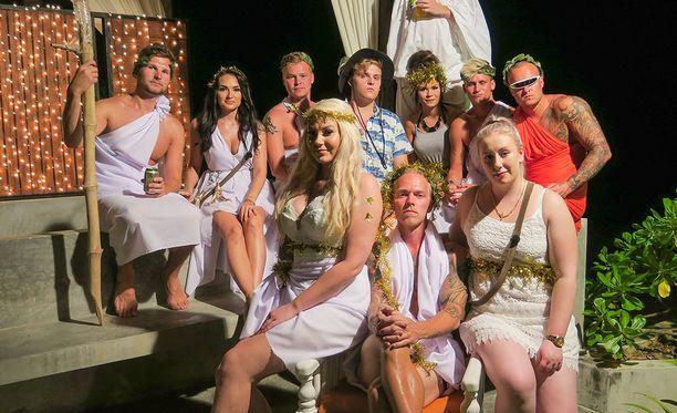 Illan bileitä vietetään kreikkalaisen jumalallisissa merkeissä.