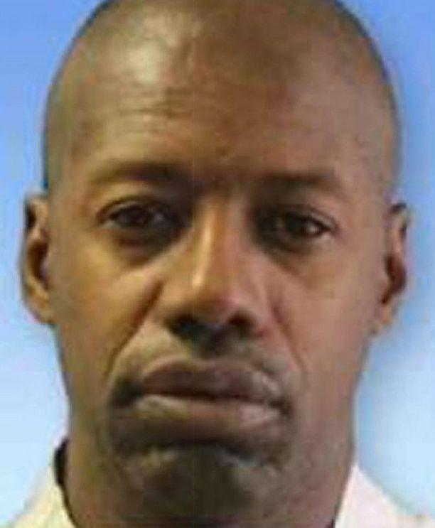 Darren Deon Vann tunnusti viime perjantaina tapahtuneen murhan ja johdatti samalla poliisit kuuden muun ruumiin luo.