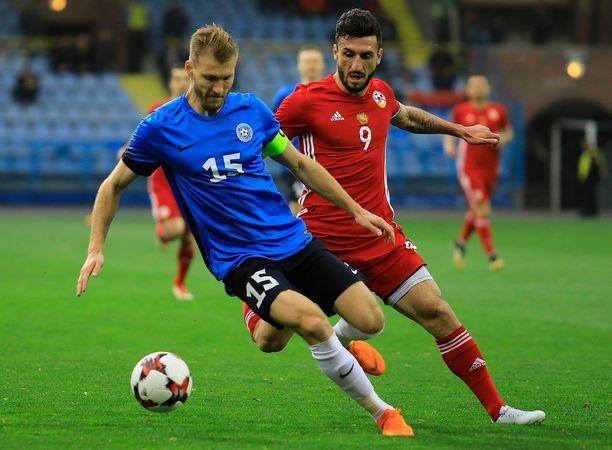 Gegam Kadimjan (oikealla) on pelannut myös Armenian maajoukkueessa. Kuva vuodelta 2018.