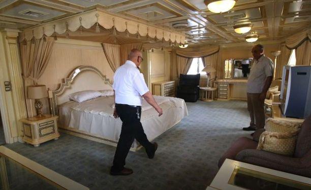 Jatkossa Saddamin alus toimii laivojen kapteeneille hotellina.