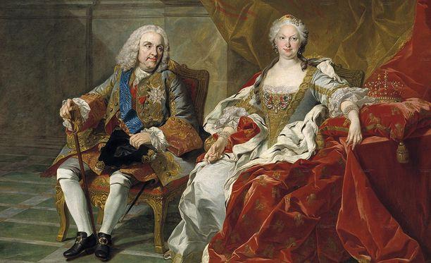 Elisabet Farnesella oli suuri vaikutusvalta Espanjan politiikkaan hänen miehensä valtakaudella vuosina 1714-1746. Elisabet synnytti Filipille neljä poikaa ja kolme tytärtä.