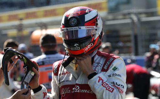 Kimi Räikkönen tekee huimaa historiaa viikonloppuna – vastaus tunnelmista taattua laatua!