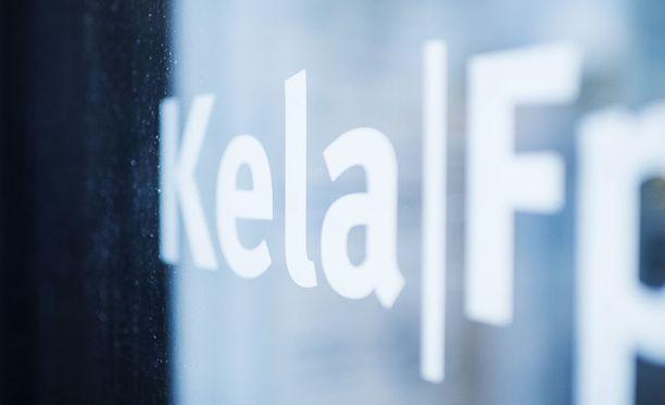 Kelan pääjohtaja Elli Aaltonen uudistaisi toimeentulotuen maksamista niin, että Kela vastaisi siitä kokonaan.
