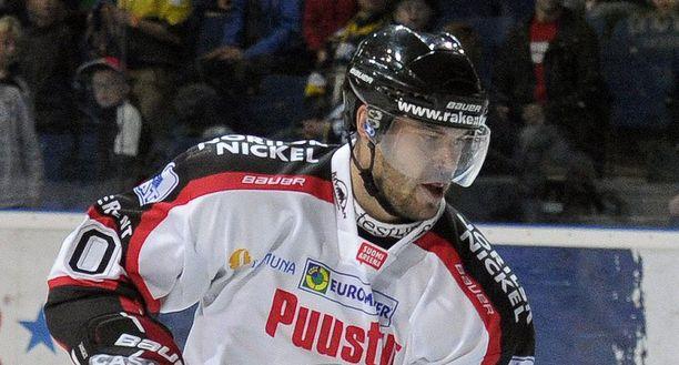 Radek Smolenak nousi pistepörssin kärkeen toisen erän maaleillaan.