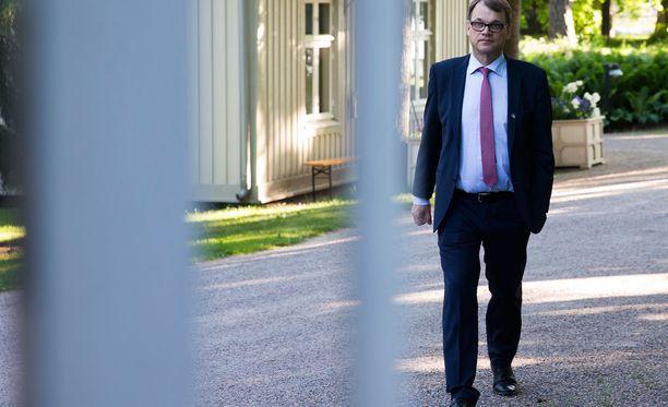 Juha Sipilä tapasi ay-johtoa Kesärannassa keskiviikkona.