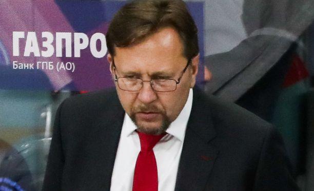Igor Ulanov kuittasi häiritsevän suomalaiskannattajan toiminnan vitsillä.